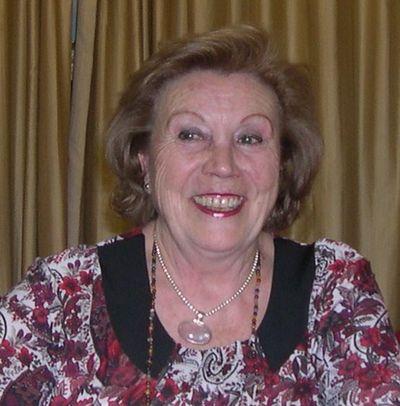 Gracia Abad, Mª Carmen